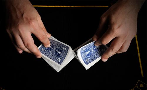 magicien mariage comment choisir son magicien de close up pour l 39 animation de son mariage ou de. Black Bedroom Furniture Sets. Home Design Ideas